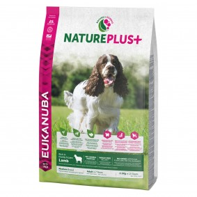 Eukanuba NaturePlus+ Adult Medium Breed s jehněčím masem